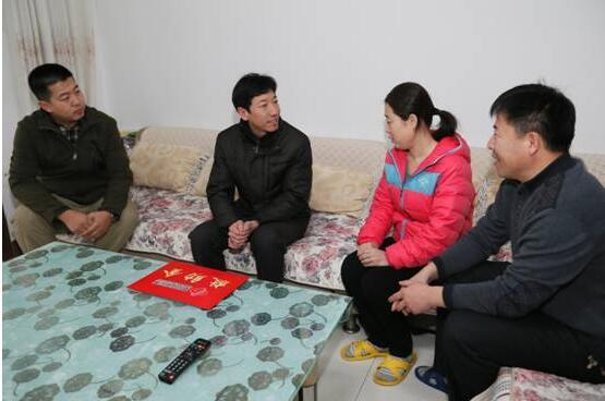 万元福彩公益金 温暖东营最美女老师
