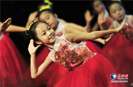歌唱新时代 共筑中国梦 科达小学举行庆元旦文艺汇演