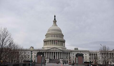 """美参议院宣布达成政府预算协议 避免政府""""关门"""""""