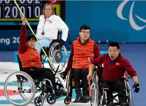 冬季残奥会历史首金!中国轮椅冰壶队平昌折桂完成突破
